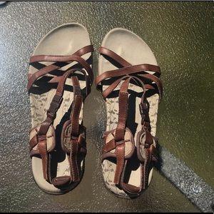 Merrill Strap Sandals